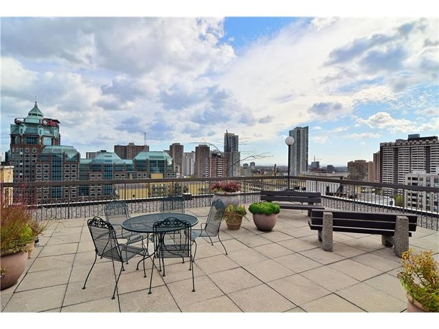Image showing rooftop deck of 71 Charles Street