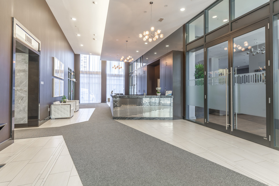 Photo showing 400 Adelaide Street's gorgeous lobby