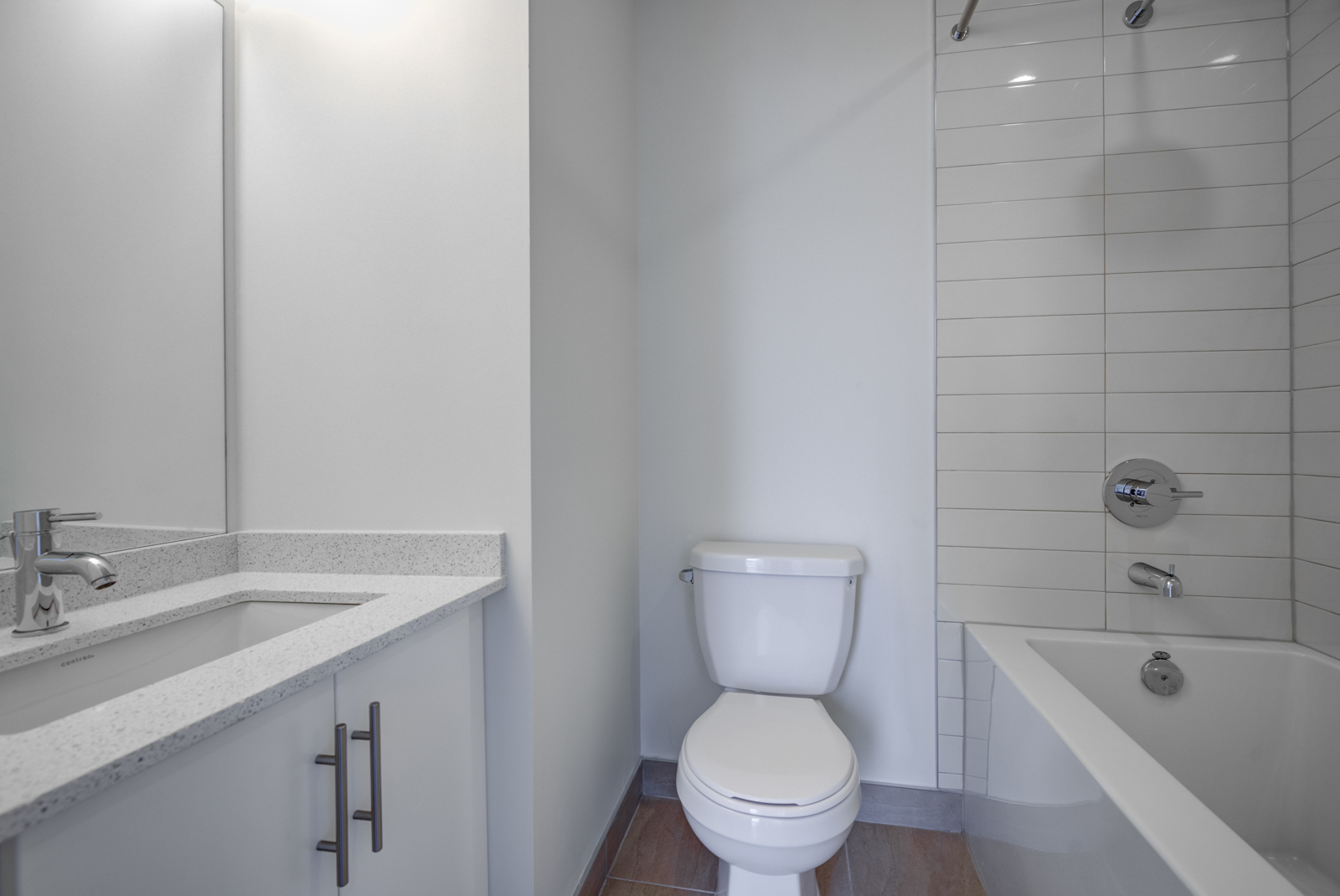 Bathroom with gray and white colours