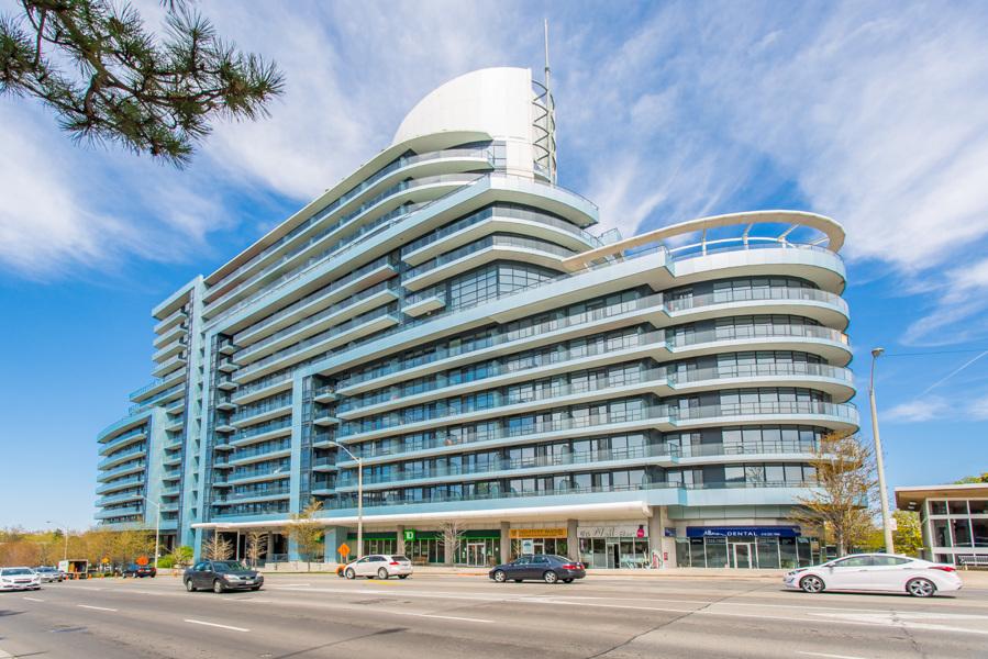 Arc Condos on 2885 Bayview Avenue - Exterior shot
