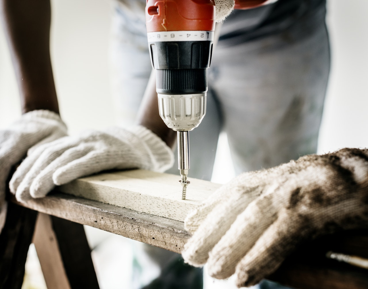 Another pre-listing tip for sellers. This one shows carpenter and drill up close.