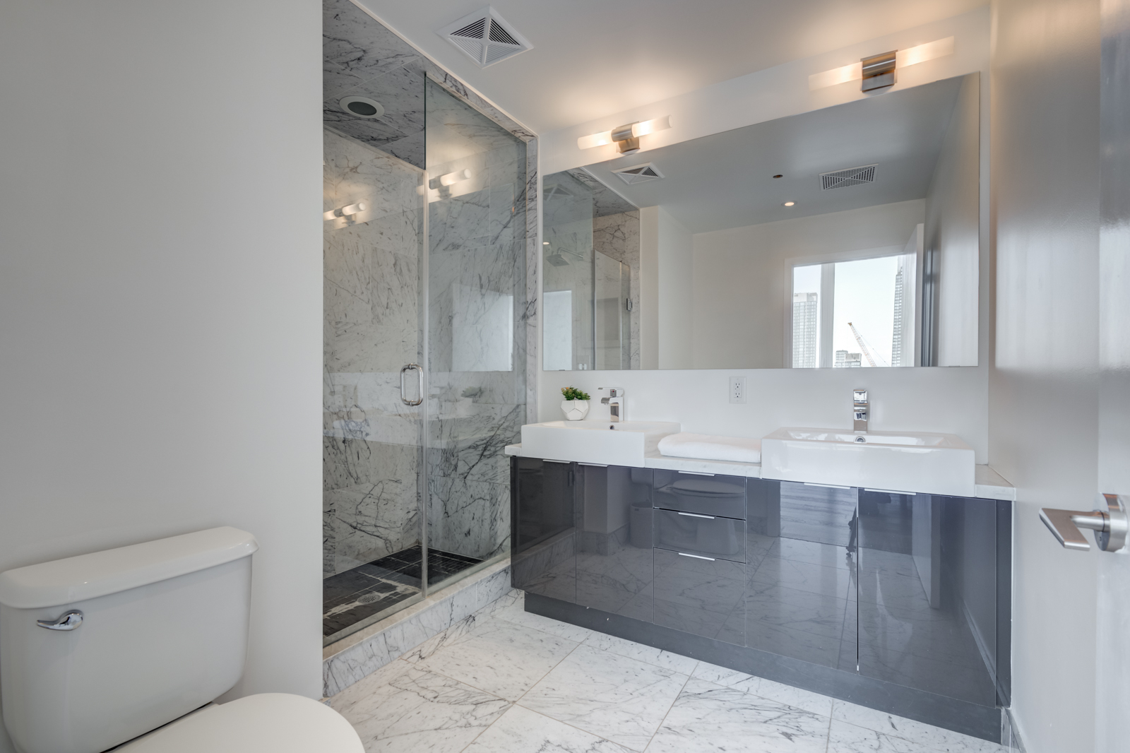 Ensuite bath at Victory Lofts Penthouse Suite in 478 King St W Toronto.