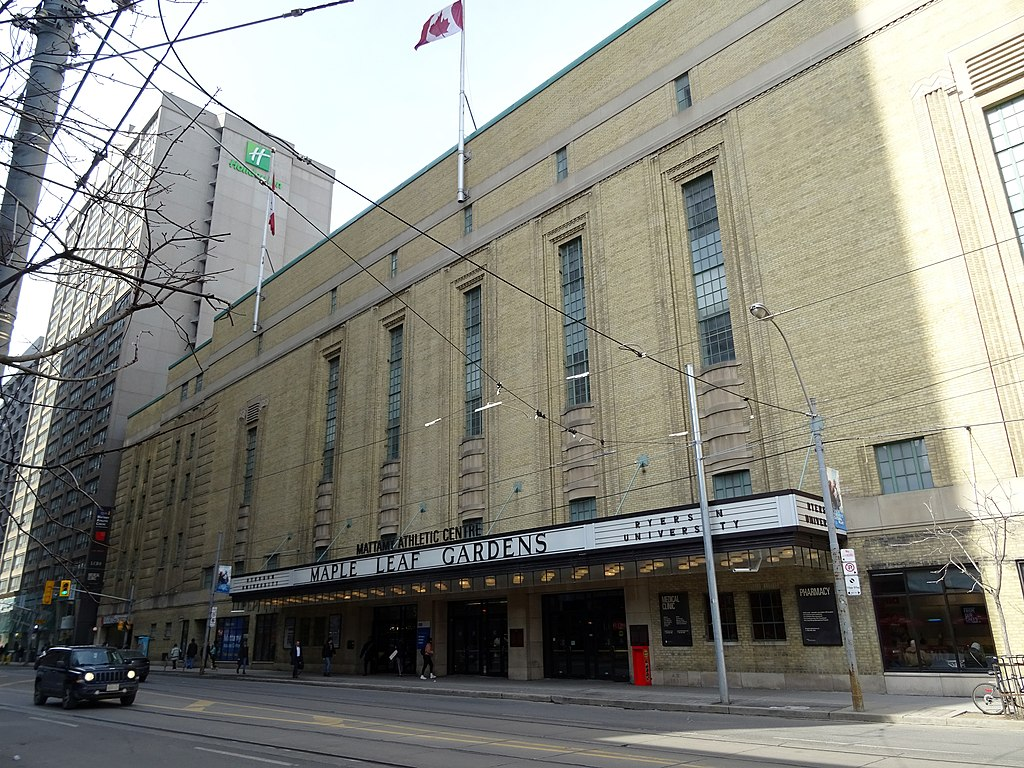 Street view of Maple Leaf Gardens building.