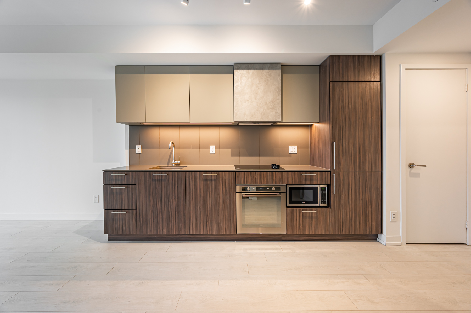 Stylish linear kitchen of 19 Western Battery Rd Unit 2921.