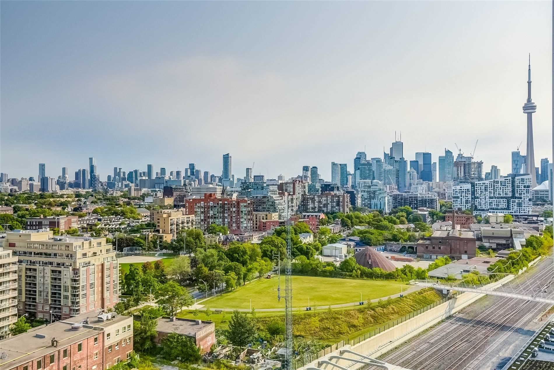 Sunny Toronto skyline showing optimism behind October 2020 Housing Market.