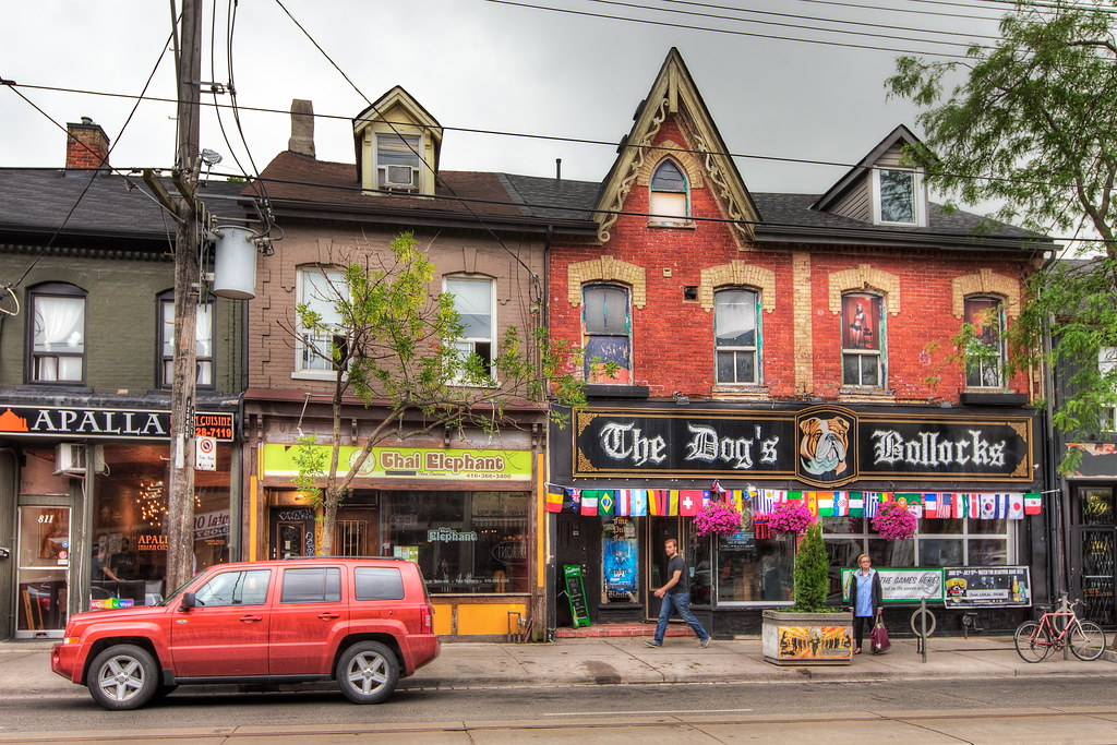 Bars and stores along Queen St West in Trinity Bellwoods.