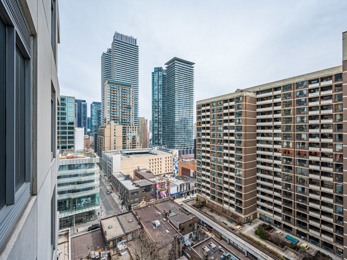 14th floor view of Yorkville, Toronto from 35 Balmuto St balcony.