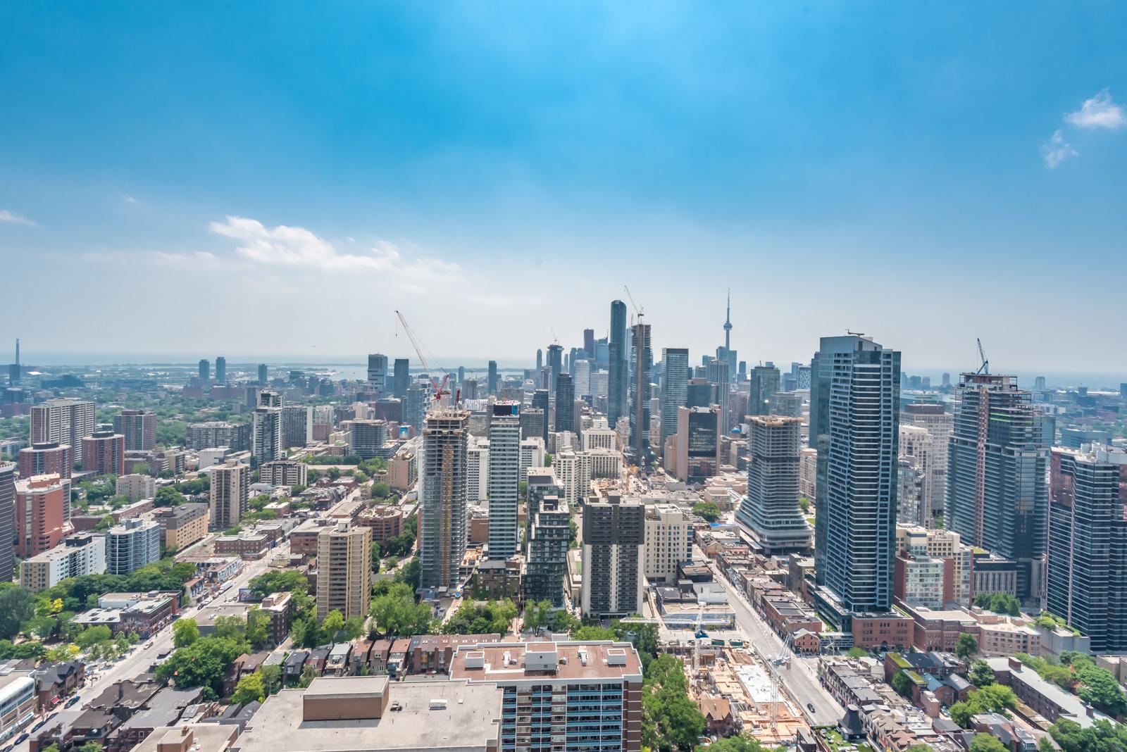Toronto skyline at day time